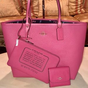 COACH🍬RUBY PINK l/CANDY REVERSIBLE TOTE + WALLET